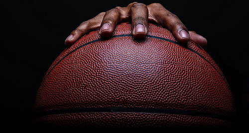この画像は、サイトの記事「バスケ ドリブル スーパープレイ YouTube 無料視聴 動画 お探しの方におすすめ!」のイメージ写真画像として利用しています。