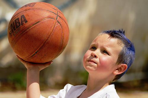 この画像は、サイトの記事「バスケ シュート 練習 YouTube 無料視聴 動画 お探しの方におすすめ!」のイメージ写真画像として利用しています。