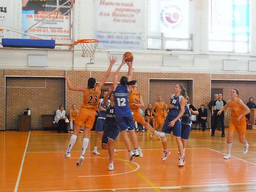 この画像は、サイトの記事「バスケ 大学 女子 YouTube 無料視聴 動画 お探しの方におすすめ!」のイメージ写真画像として利用しています。