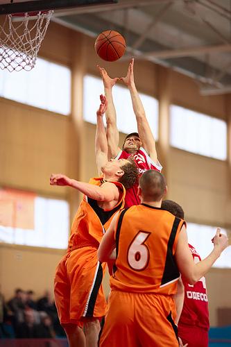 この画像は、サイトの記事「バスケ 大学 2013 YouTube 無料視聴 動画 お探しの方におすすめ!」のイメージ写真画像として利用しています。